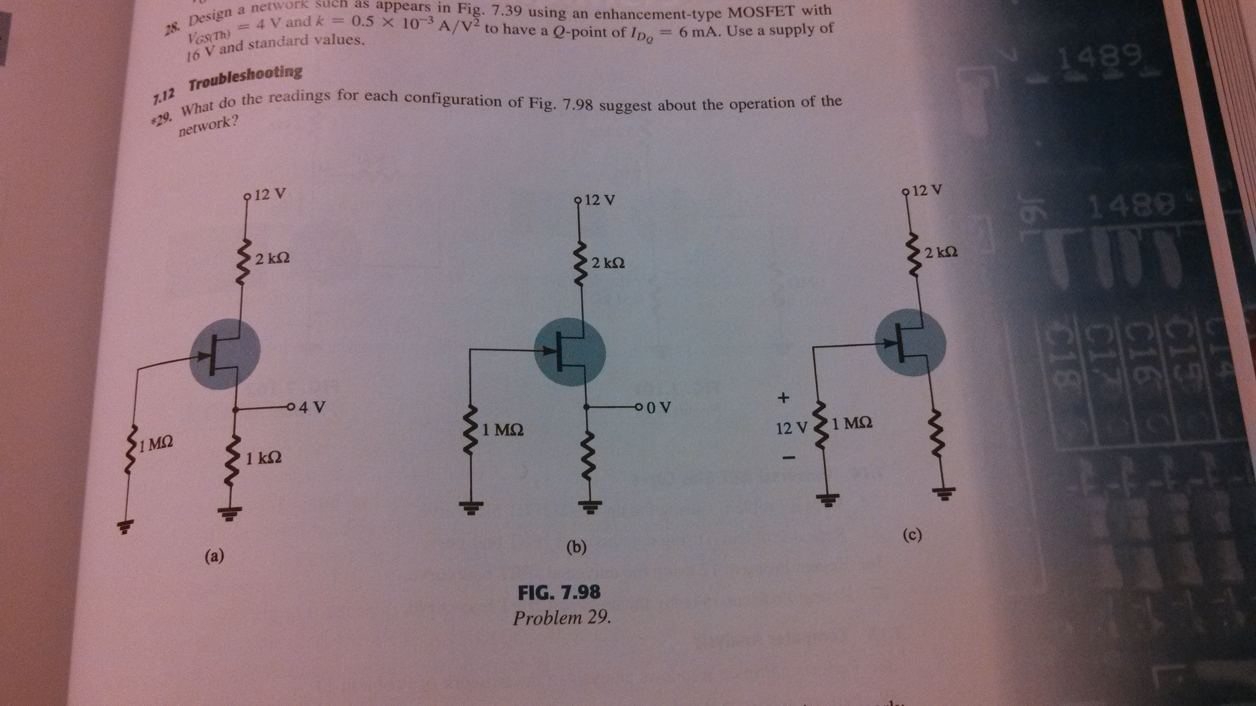 What do the readings for each configuration of fig