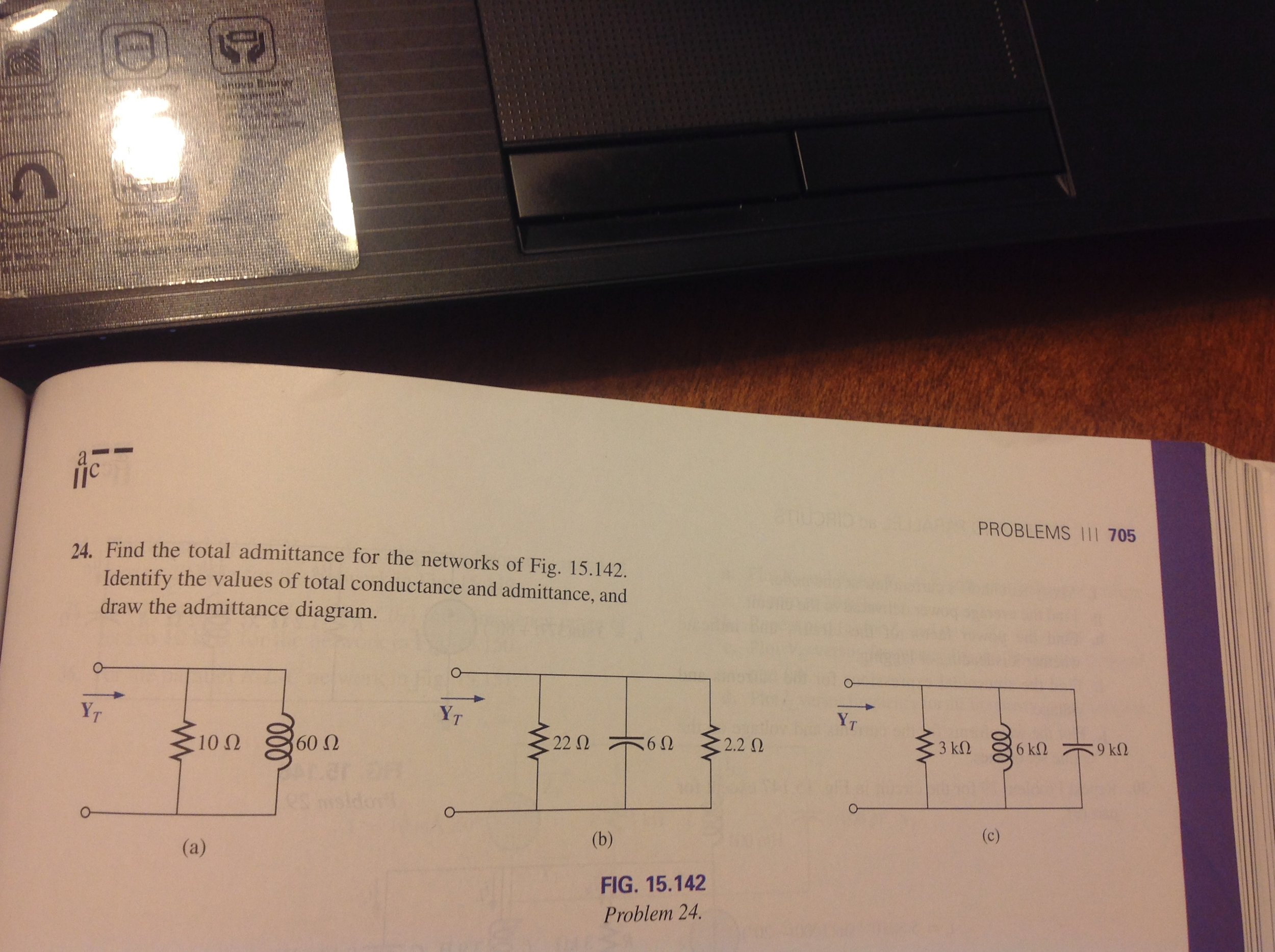 Determine The Total Resistance Of The Circuit Of The Circuit Below